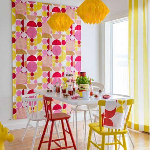Spiran tekstiileillä väri-iloa keittiöön!